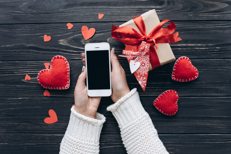 Mesaje, SMS-uri și urări de Valentine's Day. Cele mai frumoase declarații de dragoste de Ziua Îndrăgostiților