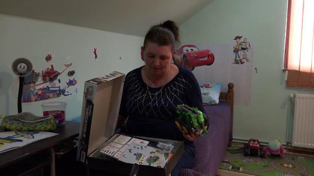 """Criză de asistenți maternali la Târgu Mureș. Ce venituri aduce profesia de """"părinte"""""""