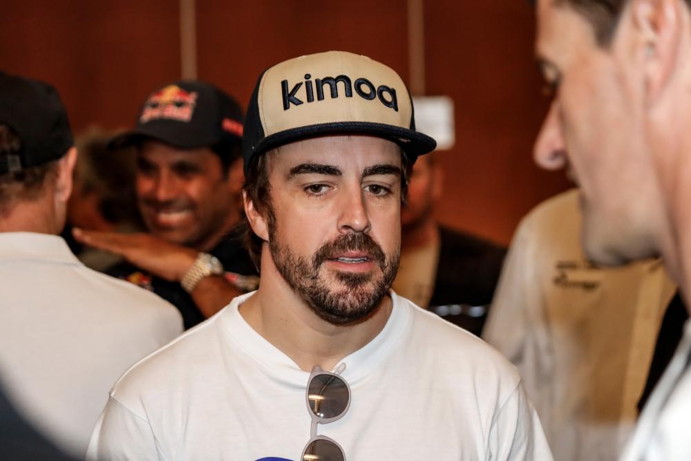 Fernando Alonso, accident în Elveția. A fost lovit de o mașină în timp ce se afla pe bicicletă