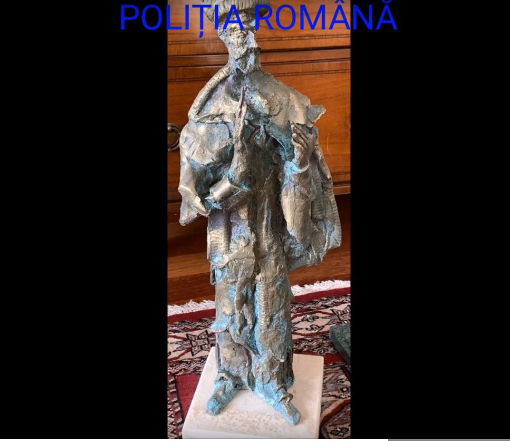 Artistul Ioan Bolborea, care a realizat mai multe sculpturi pentru Primăria Capitalei, acuzat de înșelăciune