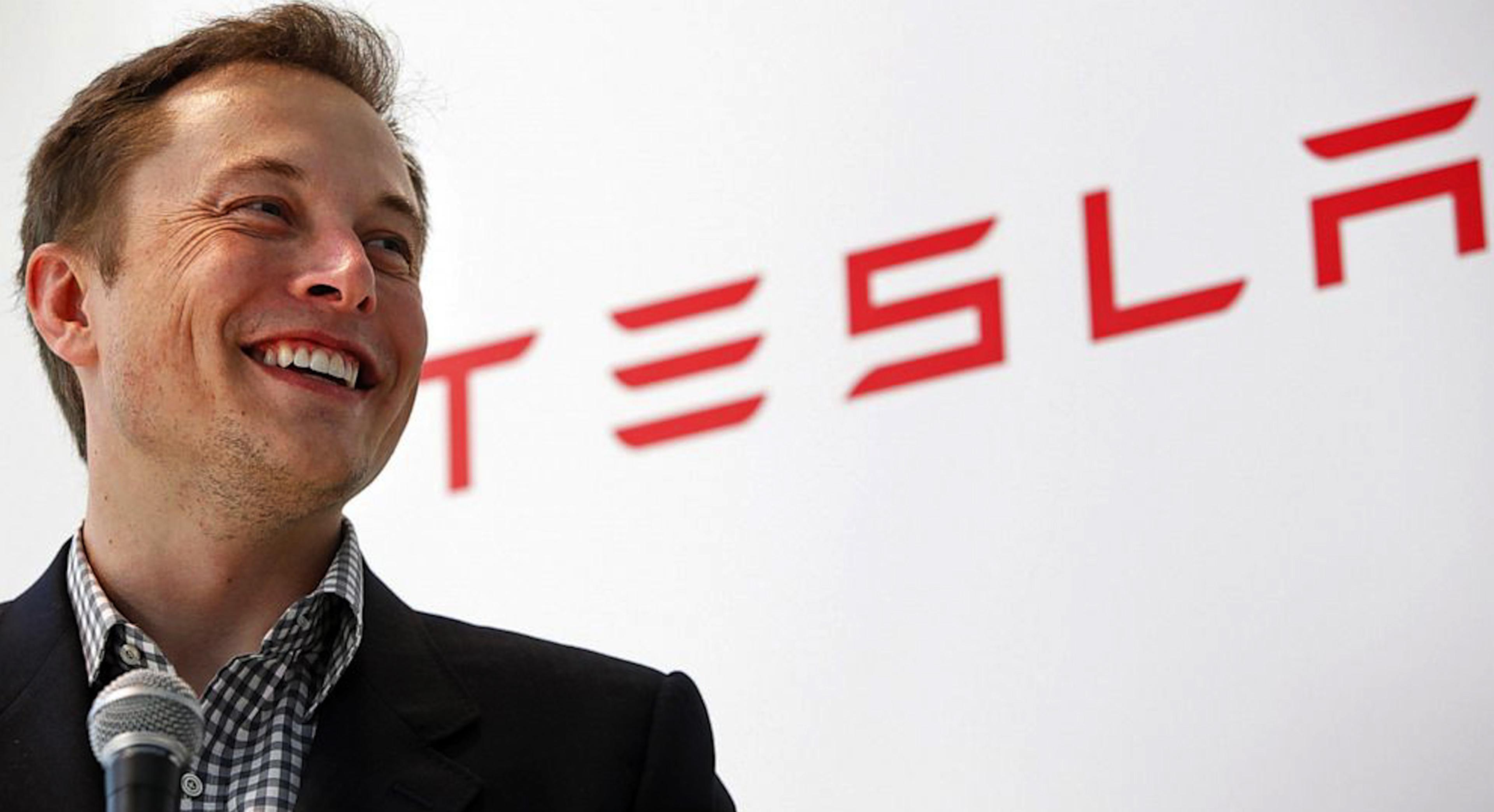 Elon Musk nu mai este cea mai bogată persoană din lume. Cine l-a depășit