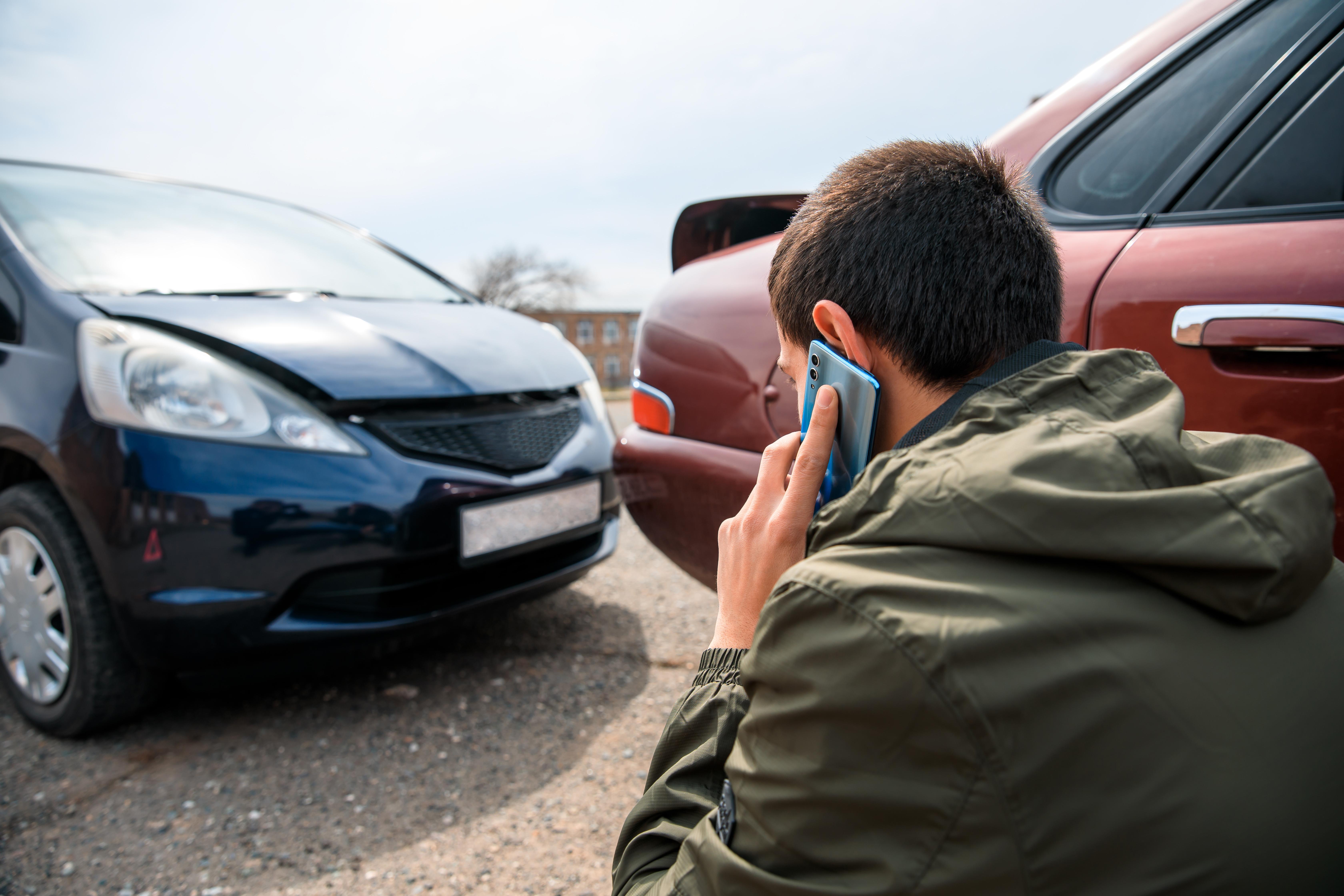 Șofer din Argeș, reținut după ce vrut să calce, intenționat, un consătean. De la ce a pornit totul