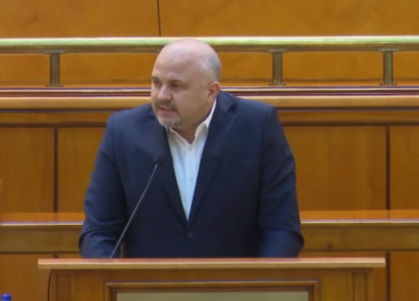 Emanuel Ungureanu (USR), despre pelerinajele religioase în plină criză sanitară: Scapă cine poate