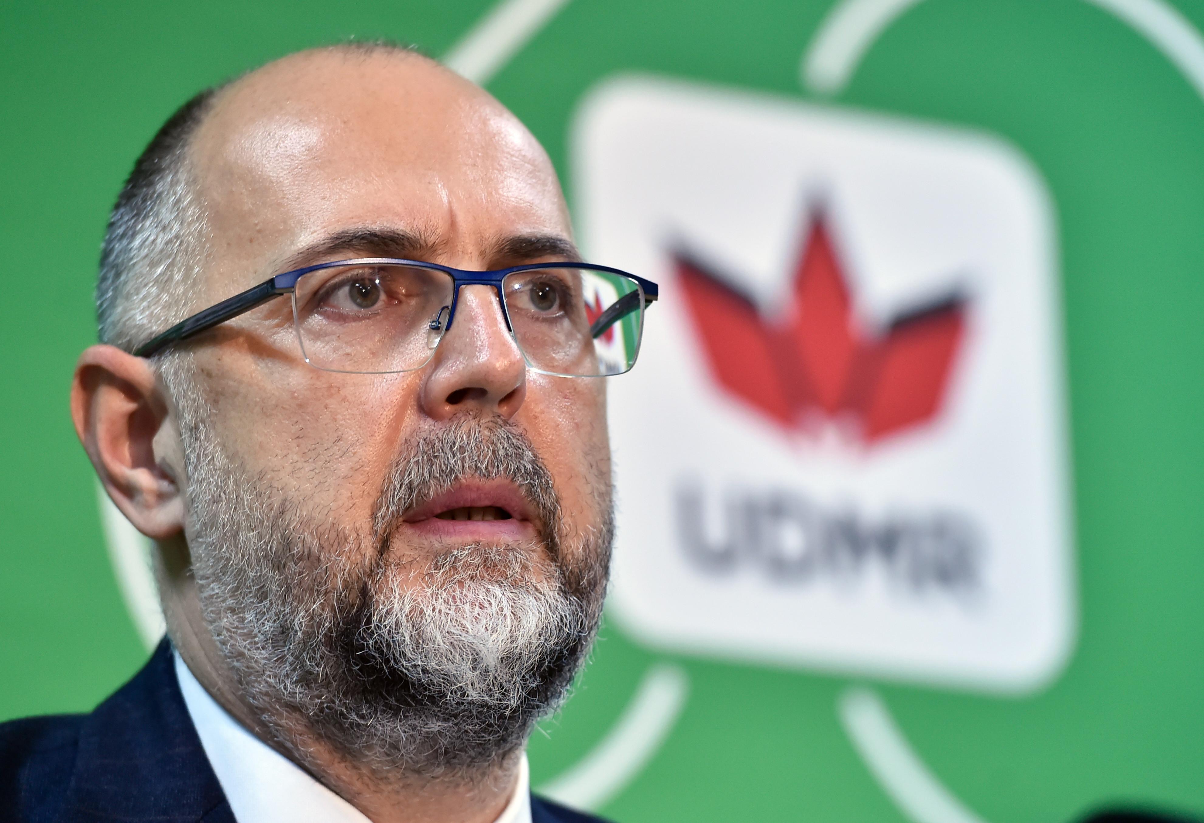 Liderul UDMR: Să impozităm pensiile speciale cu 99% ce depășește indemnizația președintelui României