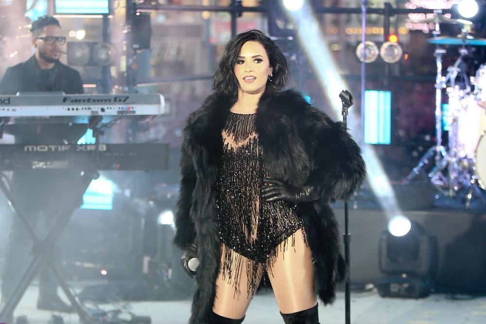 Demi Lovato face dezvăluiri șocante: Dependența de droguri a dus-o la un pas de moarte