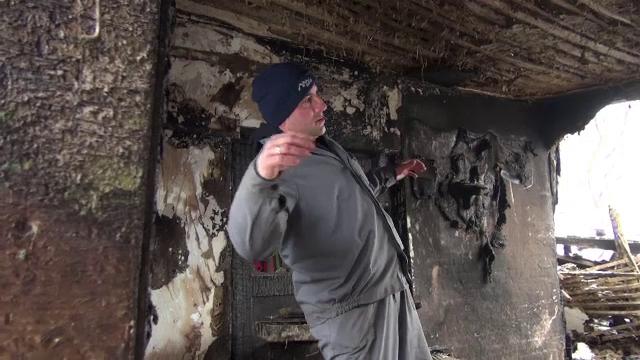"""Un bărbat din Neamț a murit ars de viu în propria casă. """"Vecinul m-a sunat să sun la pompieri"""""""