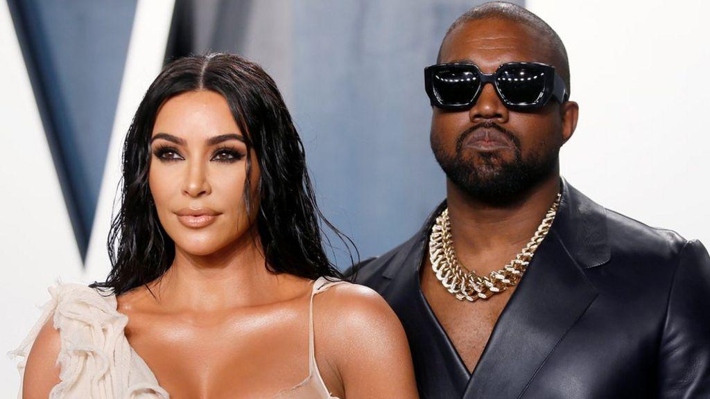 Kim Kardashian divorţează oficial de Kanye West, după aproape 7 ani de căsnicie