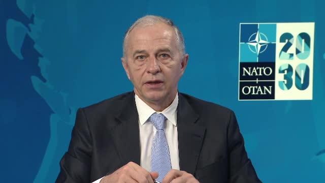 România trimite mai mulți militari în Irak. Ce spune Geoană, secretar general adjunct NATO