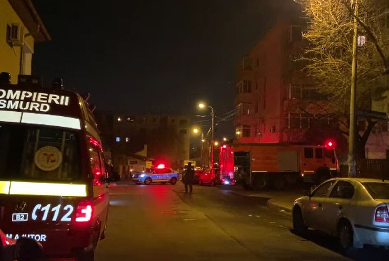 Pericol de explozie într-un bloc din Ploiești. Toți locatarii au fost evacuați