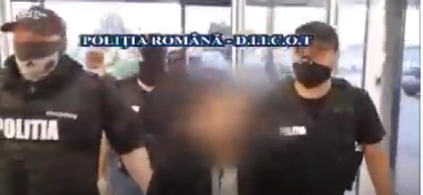Poliţia face publice imagini de la extrădarea unuia dintre liderii unui cartel mexican al drogurilor