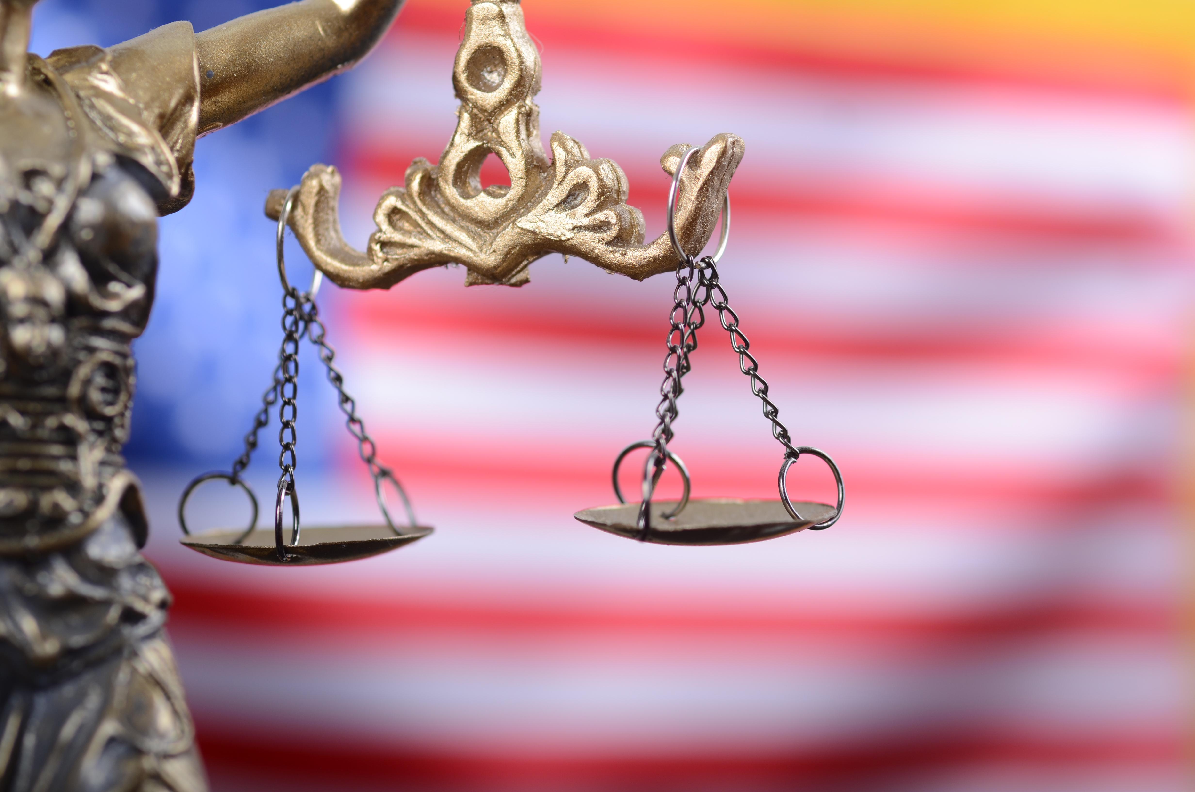 Curtea Supremă a SUA a pus capăt celor opt procese legate de alegerile prezidenţiale