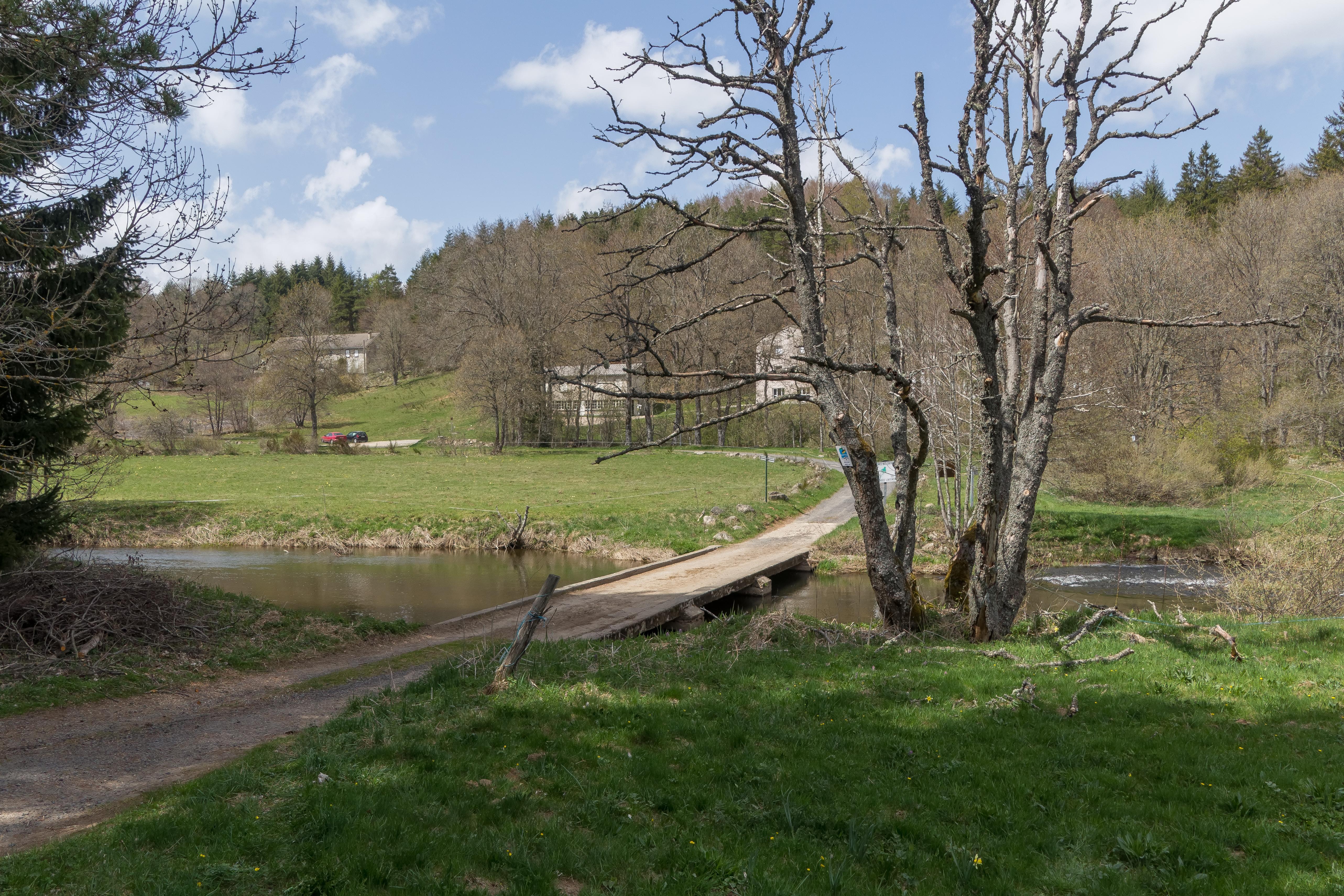Un sat din Franța a primit 2 milioane € de la un evreu care a trăit acolo în Al Doilea Război Mondial