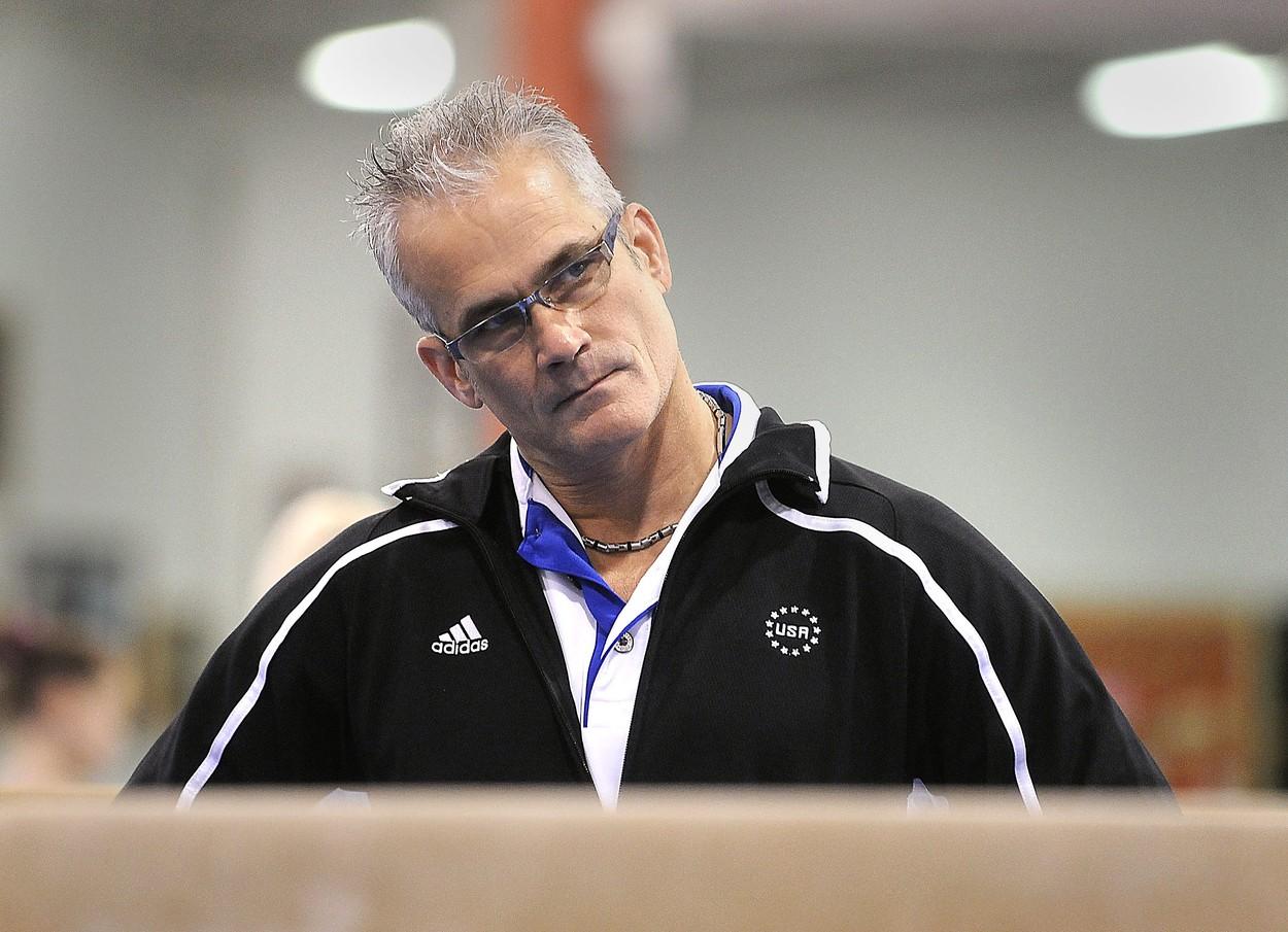 Un fost antrenor al echipei de gimnastică a SUA s-a sinucis după ce a fost acuzat de agresiuni sexuale şi trafic de persoane