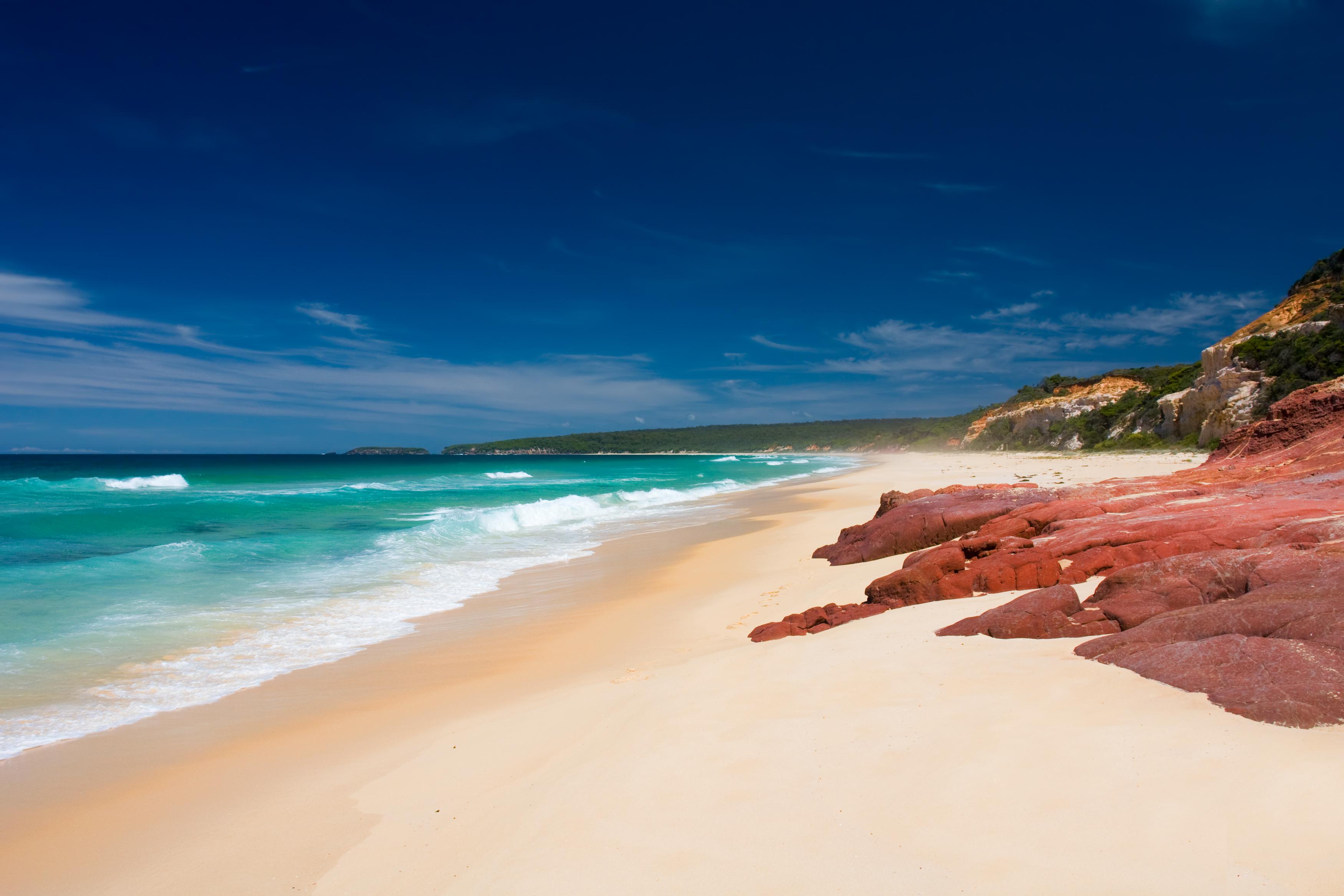 Rămăşiţe omeneşti, aduse de valuri în ultimele zile pe o plajă din Australia. Ce tragedie ar dezvălui
