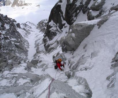 Natura isi cere tributul. Alpinista Gabriela Postole a murit in Bucegi