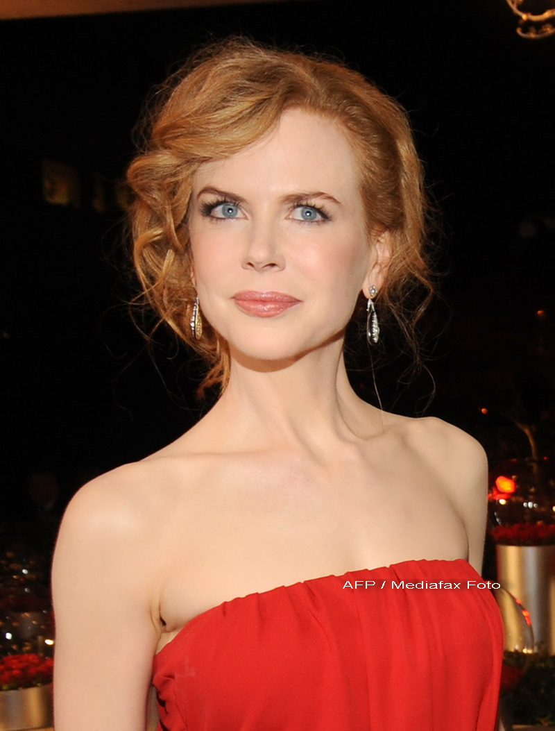 CANNES 2014. Nicole Kidman apara filmul Grace of Monaco, criticat de familia regala.