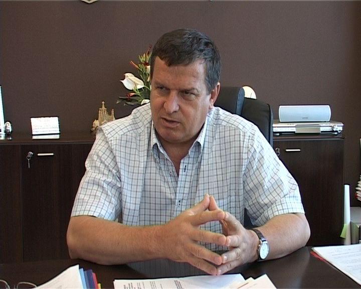Primarul si viceprimarul din Ramnicu Valcea, incarcerati la Colibasi!