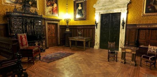 FOTO. Castelul Peles, asa cum nu l-ati mai vazut niciodata. Un tur virtual ii arata secretele