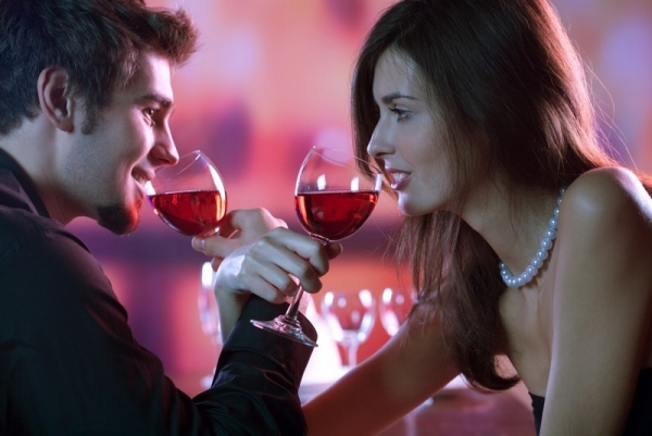 Barbat talharit de o femeie cu care si-a dat intalnire prin intermediul unei agentii matrimoniale
