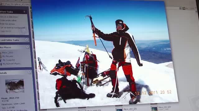 La numai 14 ani a urcat pe cei mai inalti vulcani din lume. Povestea alpinistei Alexandra Marcu