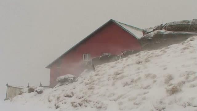 Avertizare meteo: viscol la munte, vantul va sufla si cu 90 km/h in urmatoarele zile