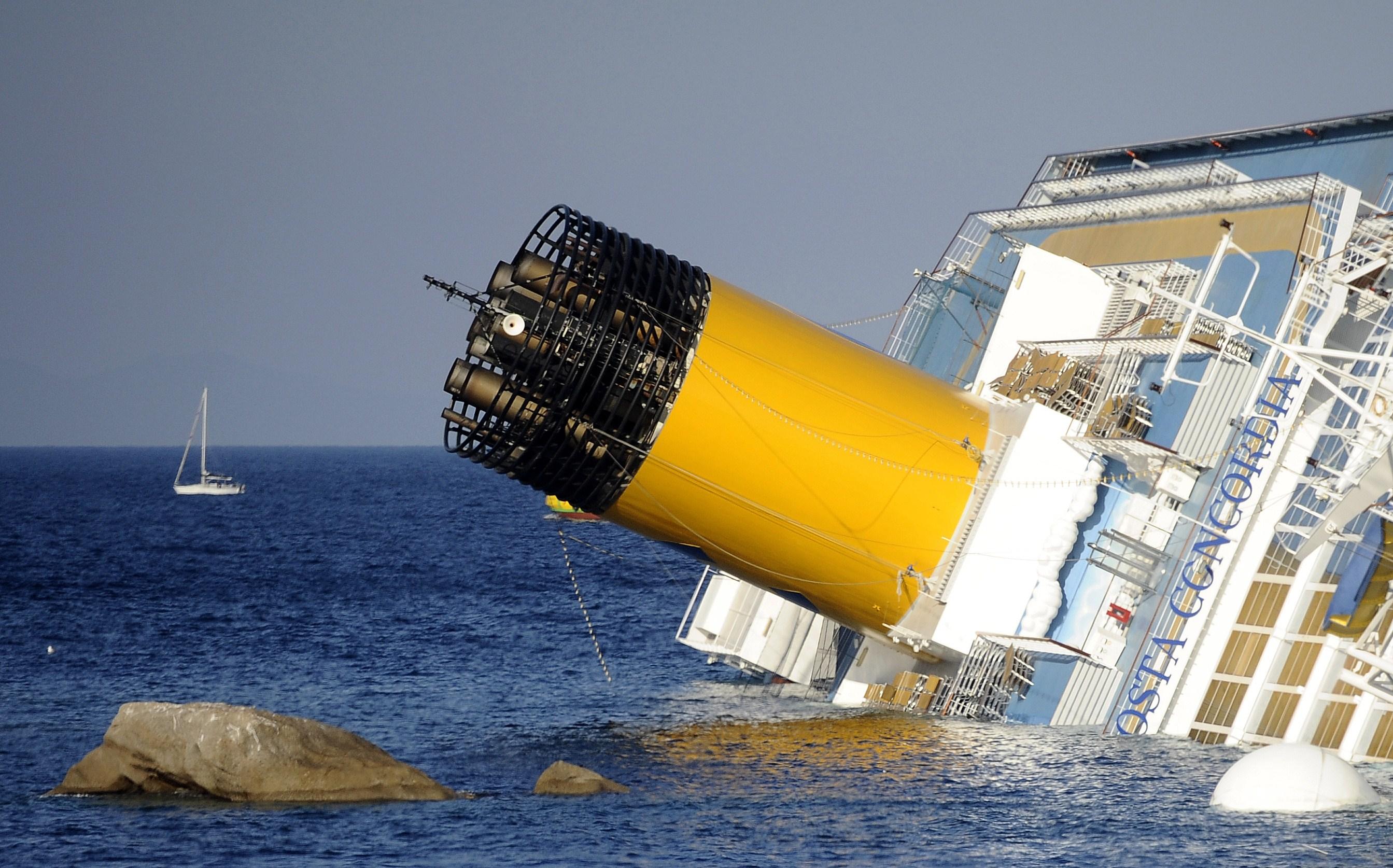 Presa: Cauzele naufragiului navei de croaziera Costa Concordia nu vor fi cunoscute niciodata