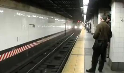 Patru morti intr-o singura zi, la metroul new-yorkez. Istoricul unor coincidente sinistre