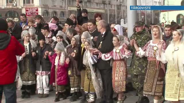 Ziua Unirii i-a prins pe romani in strada, iar pe cei din clasa politica mai dezbinati ca niciodata