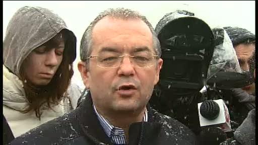 Emil Boc, printre TIR-urile blocate pe centura Capitalei: Nu ma asteptam sa ninga asa mult