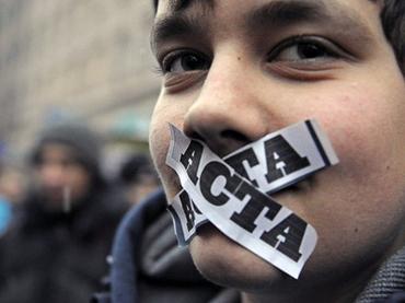 Primul semn ca Parlamentul European va respinge ACTA.