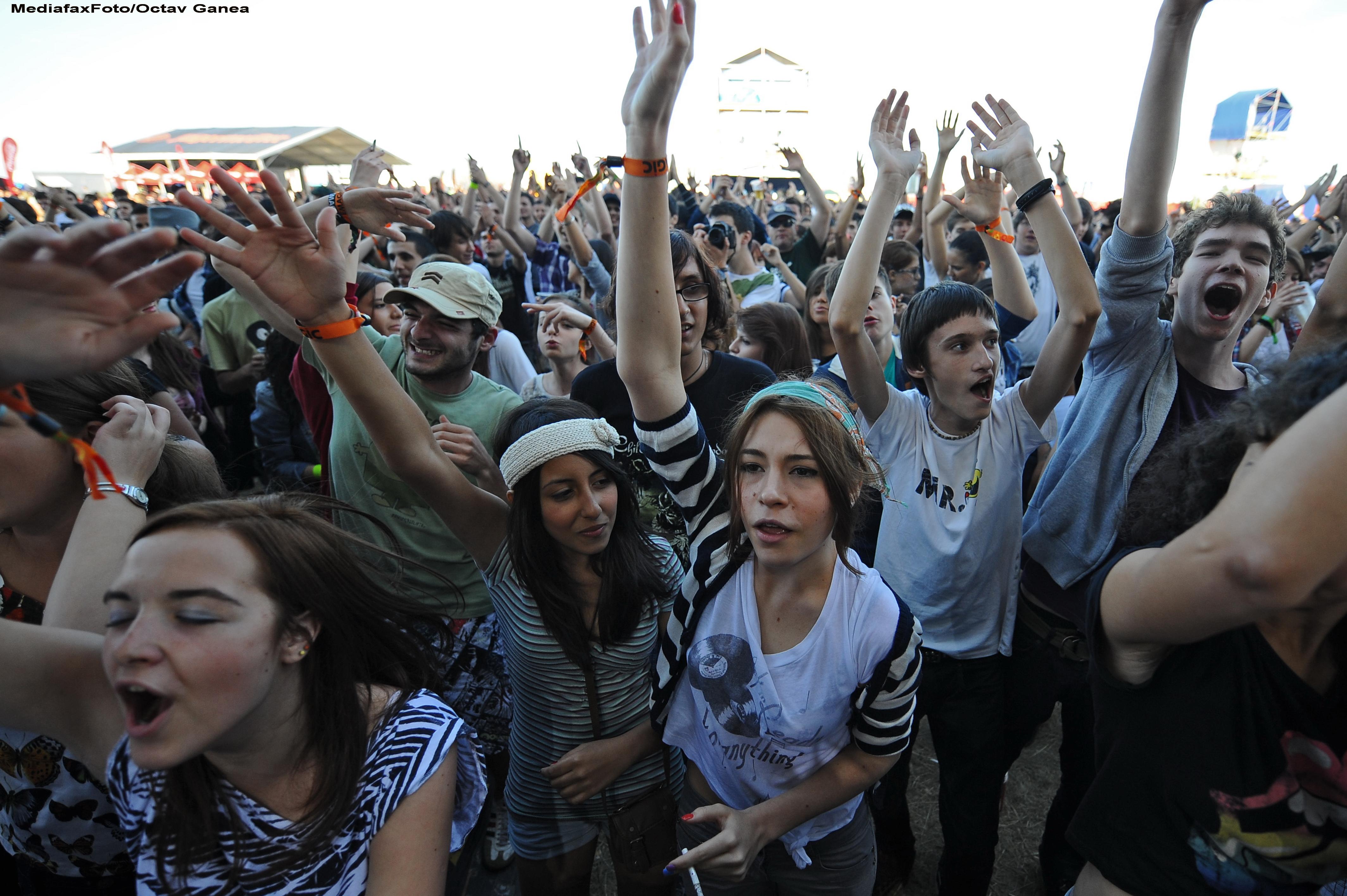 Nume noi la B'estfest 2012: Garbage, Caro Emerald, Selah Sue, The Qemists, Meshuggah si Obituary