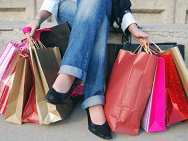 Liber la shopping. Reduceri de pana la 70% la centrul comercial din Floresti