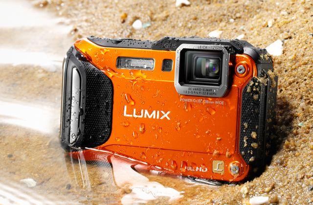 Panasonic Lumix la CES 2013: Camera foto extrema FT5, care rezista in apa si la inghet