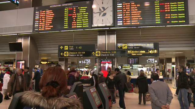 Intarzieri de pana la 14 ore pe aeroportul Henri Coanda. Ceata a dat peste cap programul zborurilor