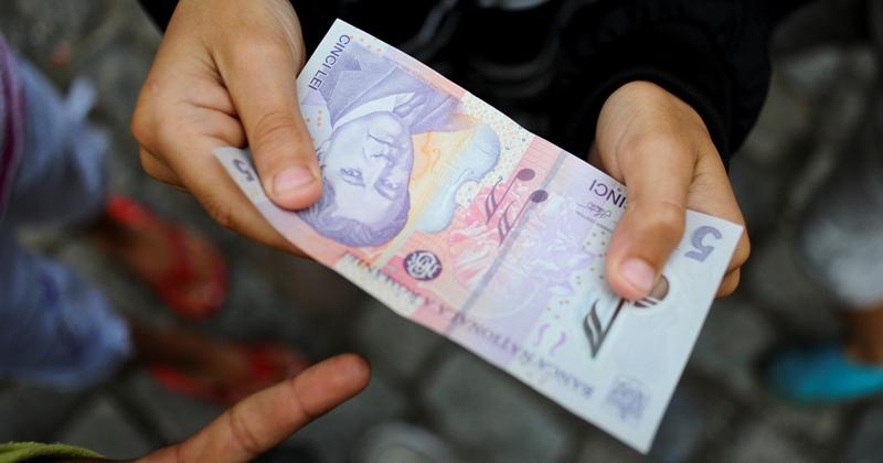Ponta: S-a batut in cuie cu FMI nivelul maxim al coplatii, 10 lei. Vedem daca pe zi sau la externare
