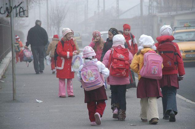 Copiii de 6 ani nu vor mai putea fi inscrisi in clasa I. Vor trebui sa mearga in clasa pregatitoare
