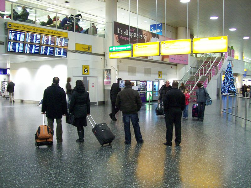 UE initiaza proceduri de infringement impotriva Marii Britanii pentru discriminarea romanilor
