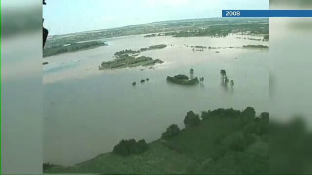 Nepasare totala fata de oamenii distrusi de inundatii. Ajutoarele care n-au ajuns niciodata la ei
