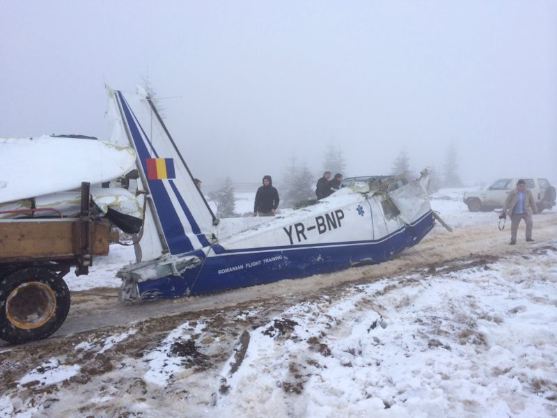 Dosarul accidentului aviatic din munții Apuseni, clasat de procurorii militari