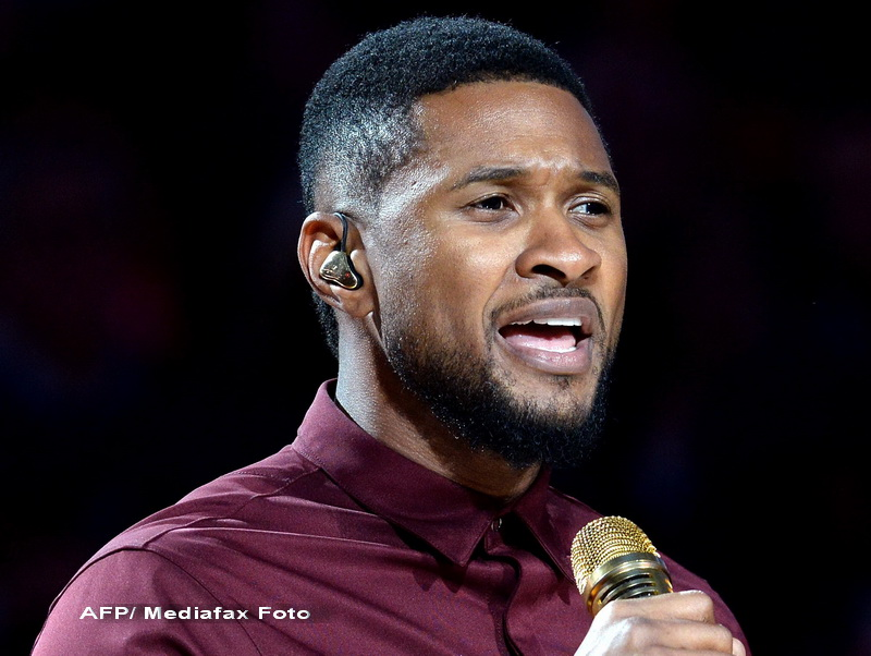 Cantaretul american Usher s-a logodit cu managerul sau, Grace Miguel