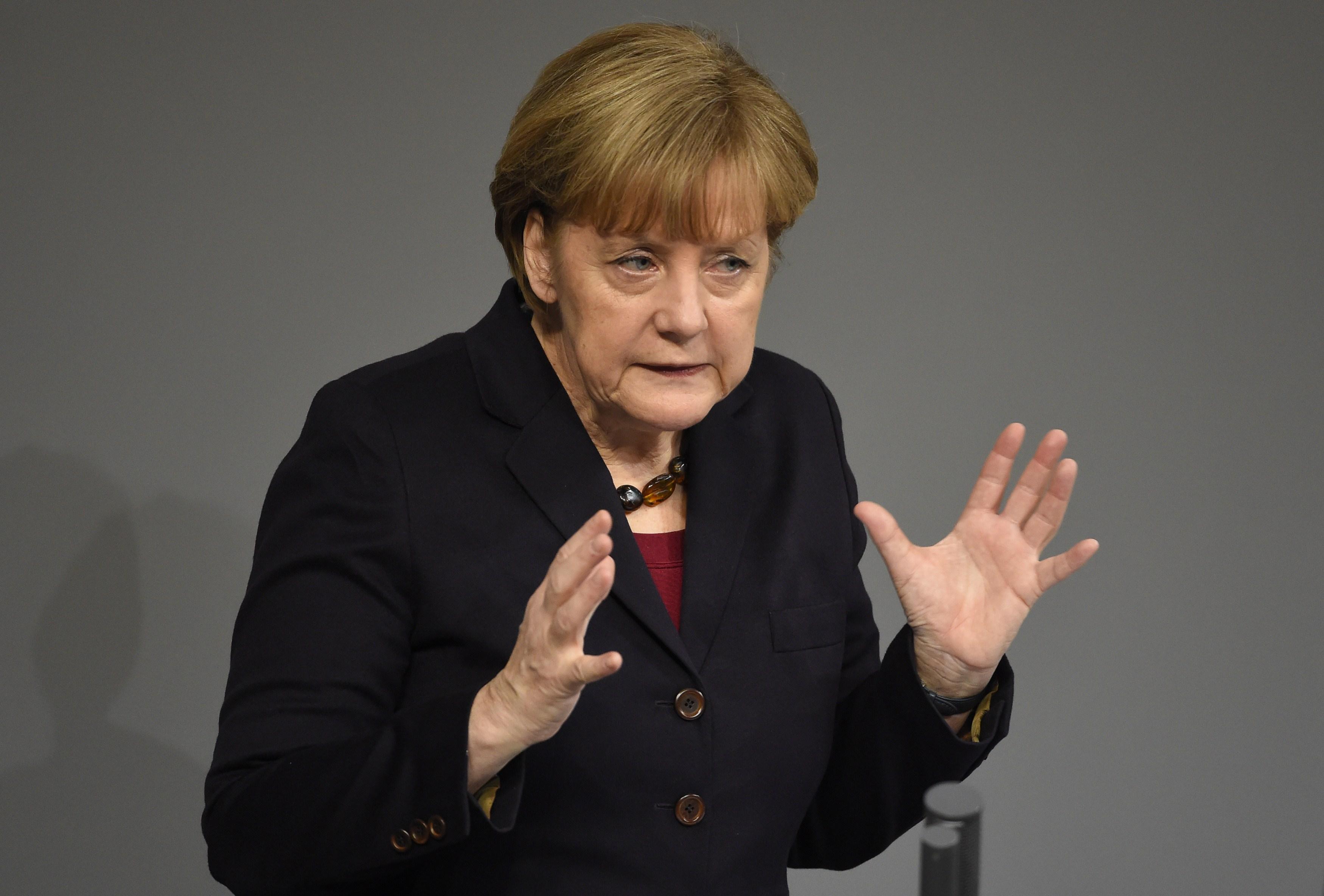 GREXIT 2015: Prima declaratie a Angelei Merkel, dupa ce s-a speculat ca Grecia iese din zona euro. Ce se va intampla in UE