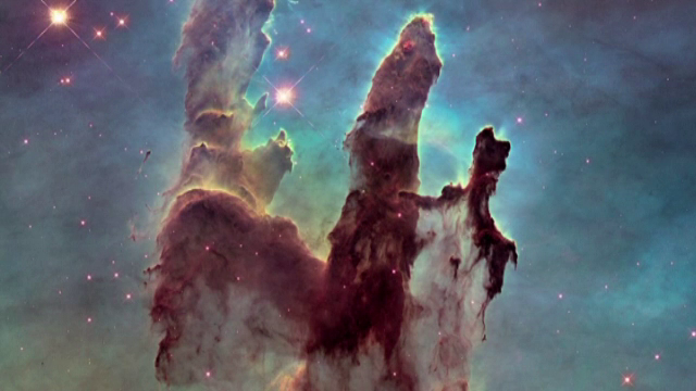 Imaginile fascinante publicate de NASA. Telescopul Hubble a fotografiat pentru a doua oara Stalpii Creatiei