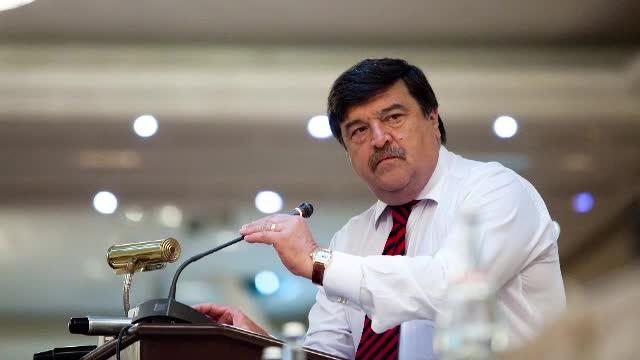 Cine este Toni Grebla, primul judecator din istoria CCR anchetat de DNA. Sansa vietii lui: scandalul dintre Bolcas si Basescu