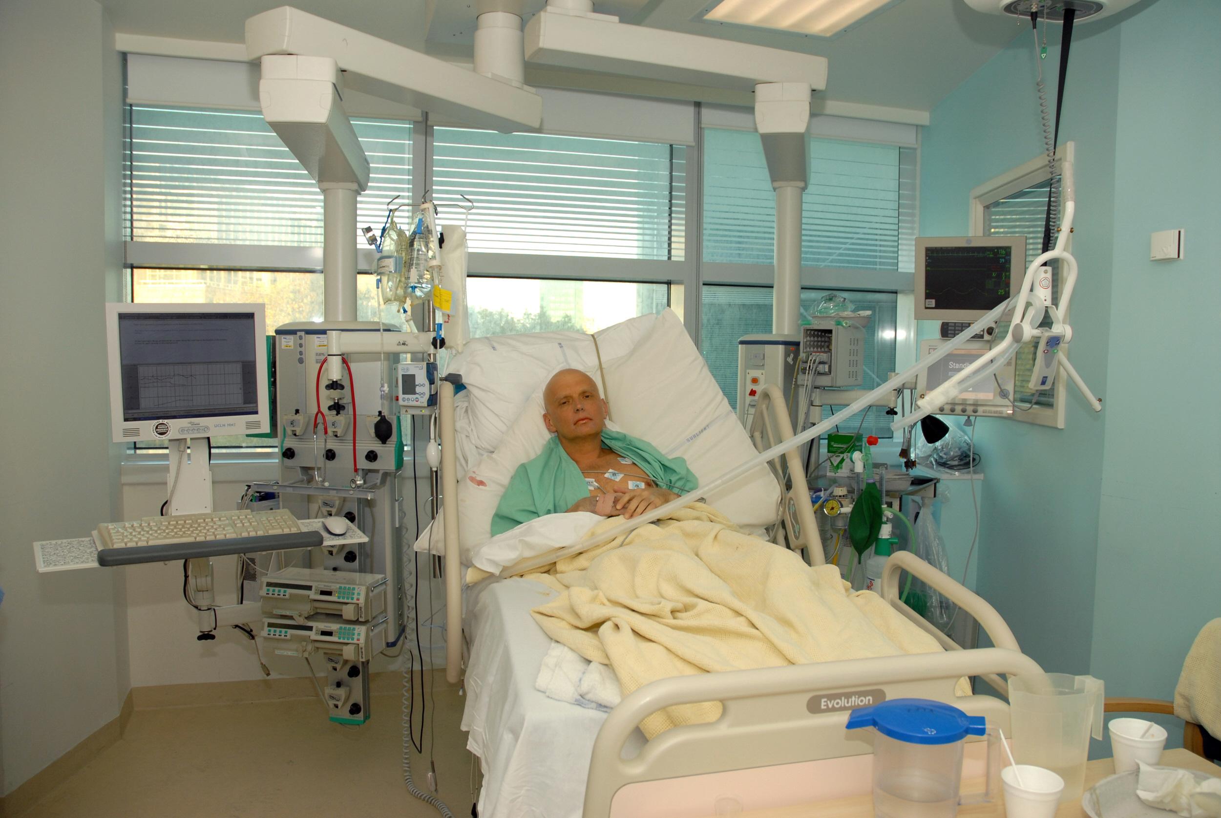 Autopsia lui Aleksandr Litvinenko, considerata de un medic legist cea mai periculoasa din istoria Occidentului