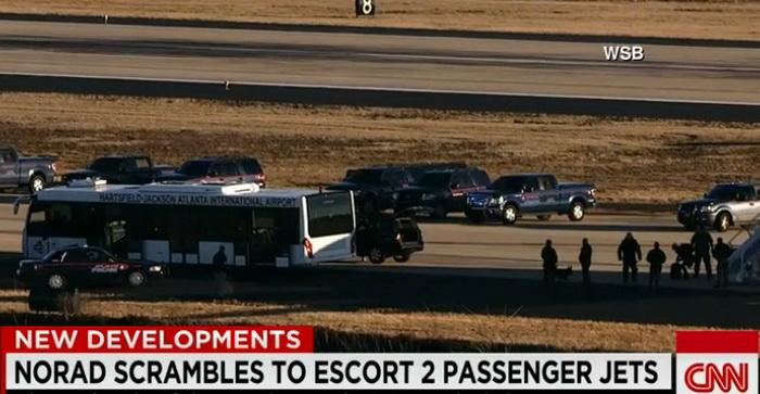 Doua avioane de pasageri, escortate in Atlanta de avioane F-16 in urma unei amenintari cu bomba