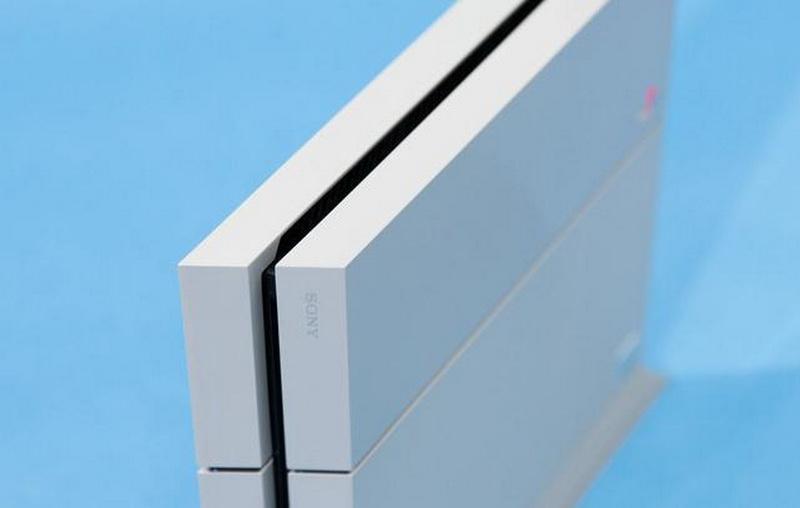Un PlayStation 4 s-a vandut cu 129.000 de dolari. Ce l-a facut atat de special