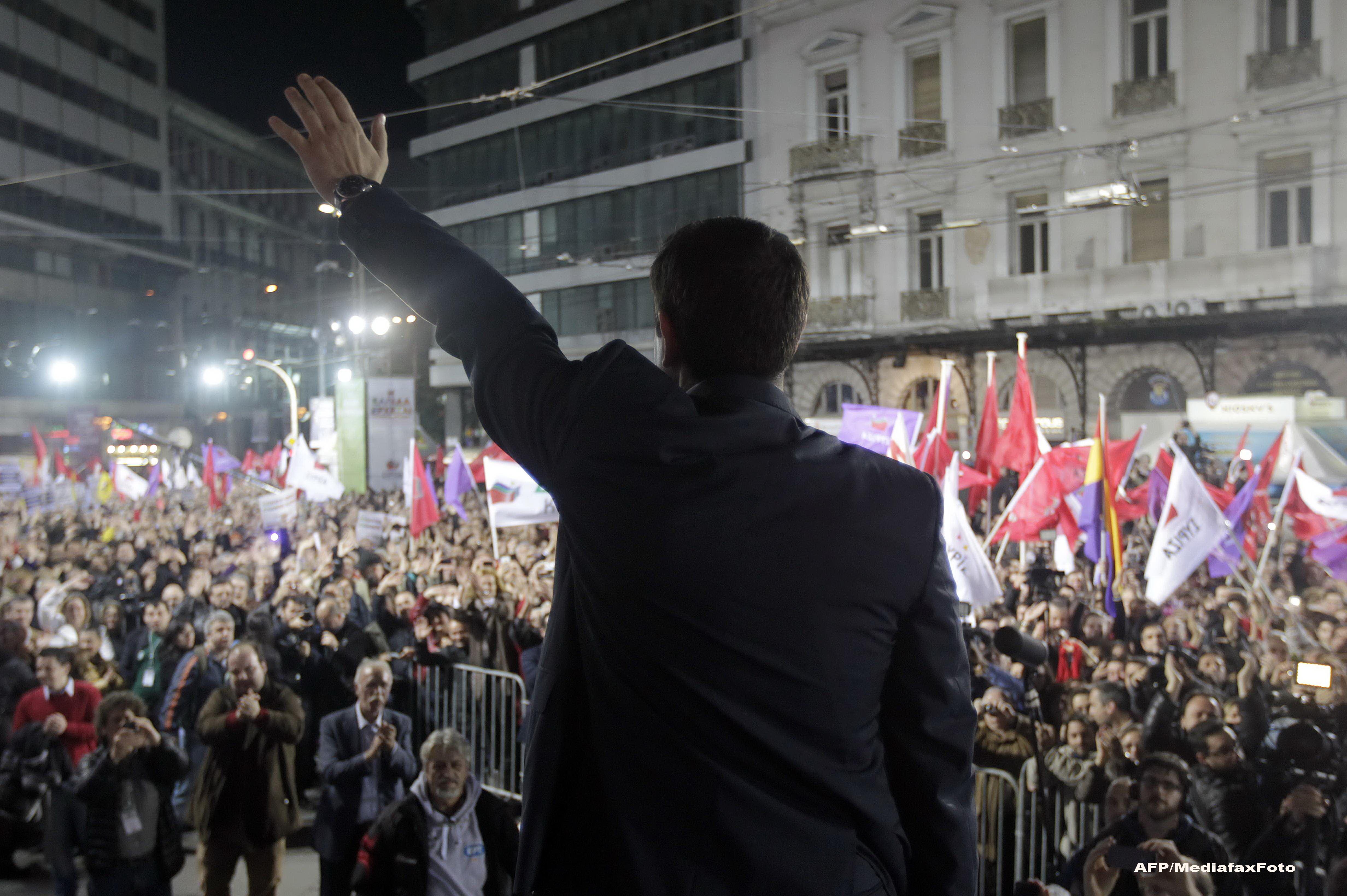 Grecii spera ca Alexis Tsipras le va reda demnitatea: