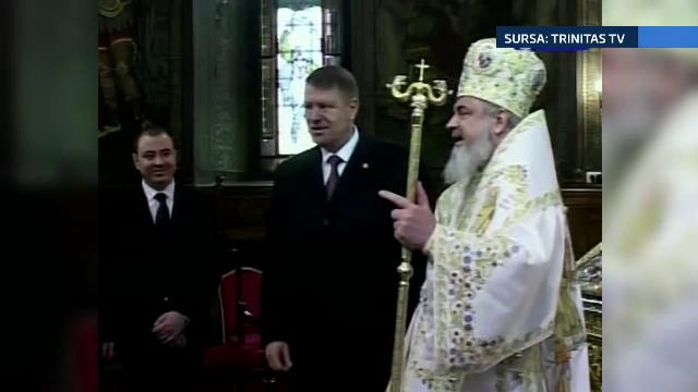 Presedintele Klaus Iohannis a participat la slujba Sfintilor Trei Ierarhi de la Patriarhie. Mesajul IPS Daniel