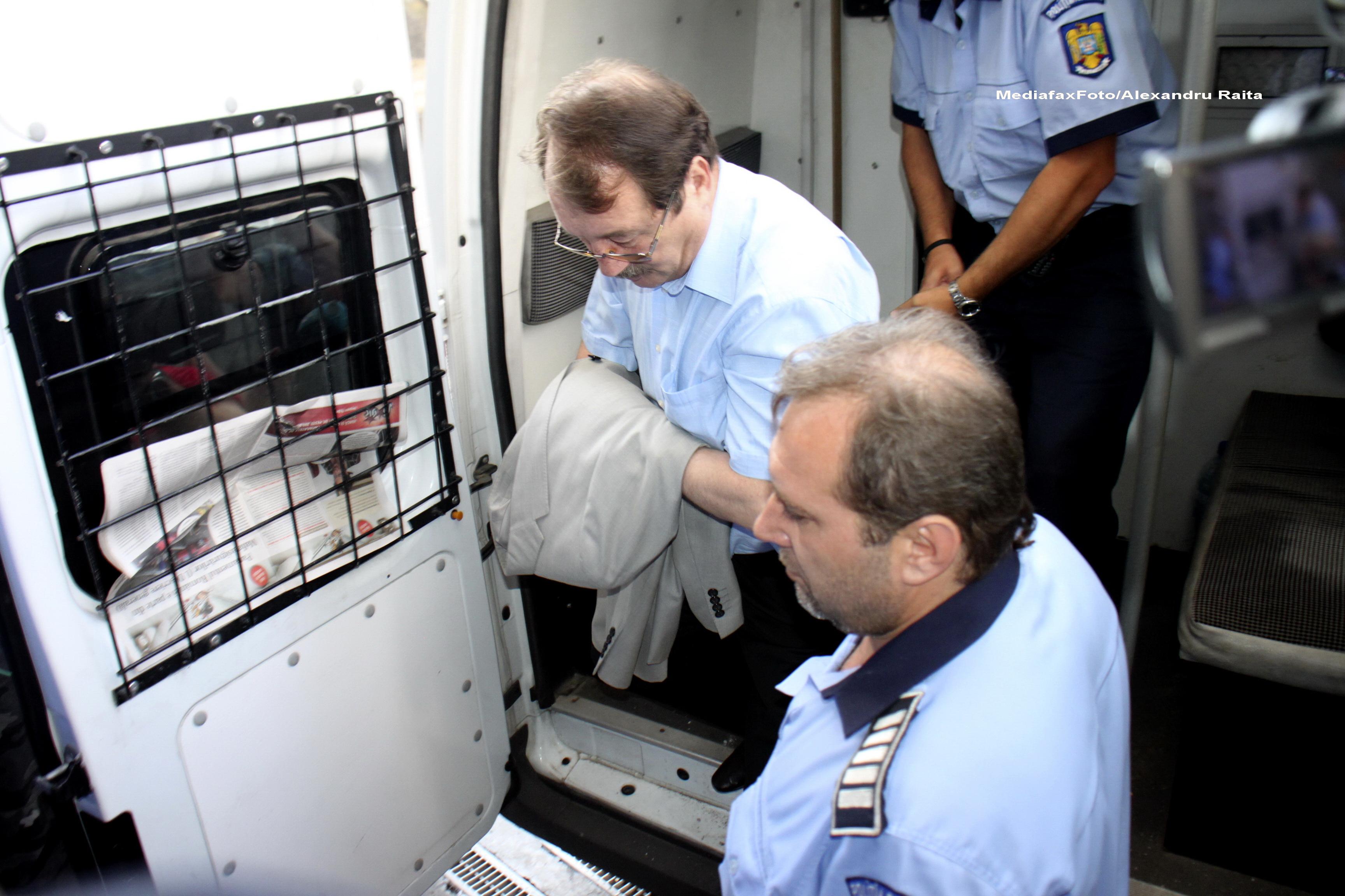 Mircea Basescu le cere judecatorilor sa-l elibereze conditionat. Cererea sa va fi analizata pe 13 octombrie
