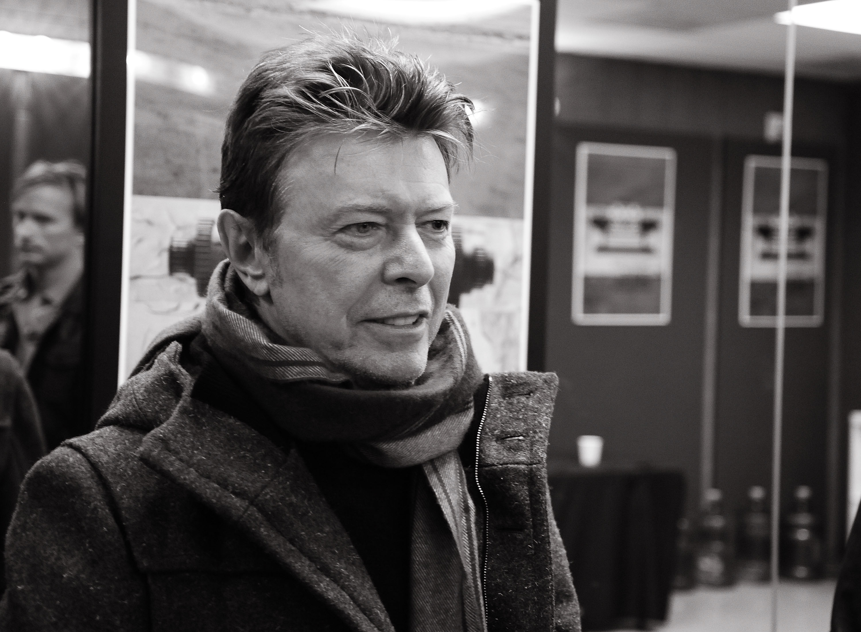 David Bowie a fost incinerat, fara ceremonie, la New York. Familia si prietenii nu au fost prezenti